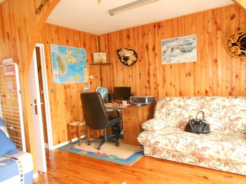Sale house / villa Mont gaillard 190000€ - Picture 6