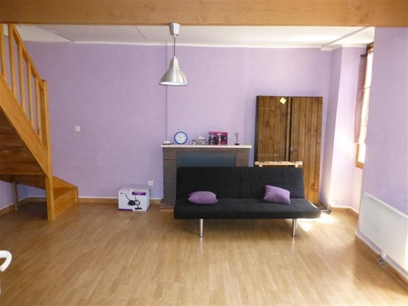Rental apartment Saint-jean-d'angely 430€ CC - Picture 1