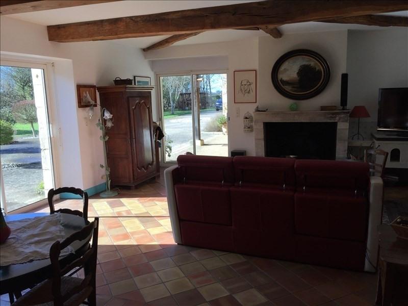 Venta  casa Fontaine le comte 399000€ - Fotografía 4