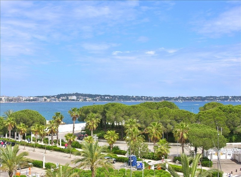 Deluxe sale apartment Le golfe juan 850000€ - Picture 1