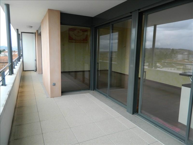Deluxe sale apartment Le coteau 525000€ - Picture 2