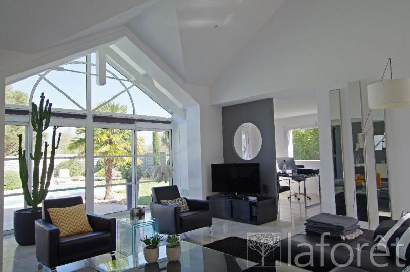 Sale house / villa Cholet 540000€ - Picture 1