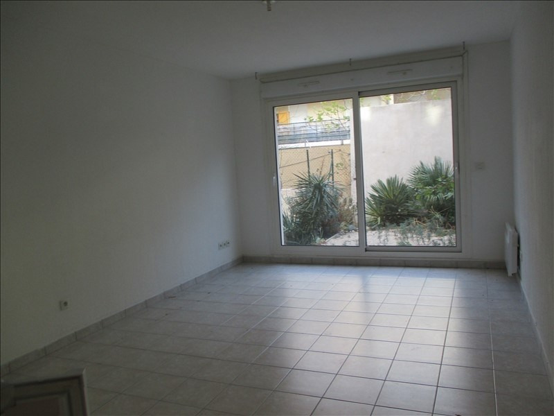Location appartement Salon de provence 508€ CC - Photo 2
