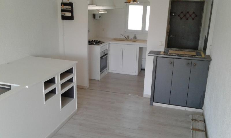 Location appartement Marseille 6ème 650€ CC - Photo 2