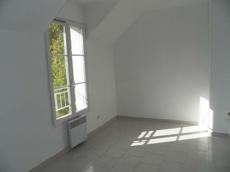 Location maison / villa Appoigny 740€ +CH - Photo 5