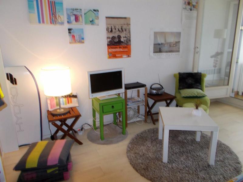 Sale apartment Chateau d olonne 99000€ - Picture 3