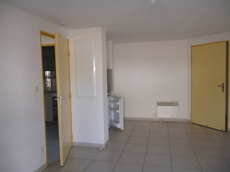 Rental apartment Tarbes 390€ CC - Picture 3