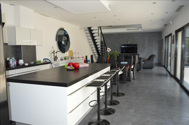 Deluxe sale house / villa St maur des fosses 1080000€ - Picture 1