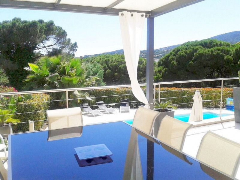 Deluxe sale house / villa Sainte-maxime 1 300 000€ - Picture 1