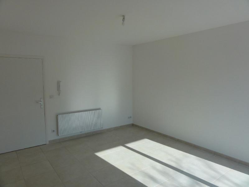 Rental apartment Melun 500€ CC - Picture 2