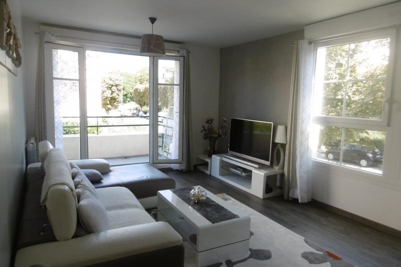 Sale apartment Noisy le grand 197000€ - Picture 2