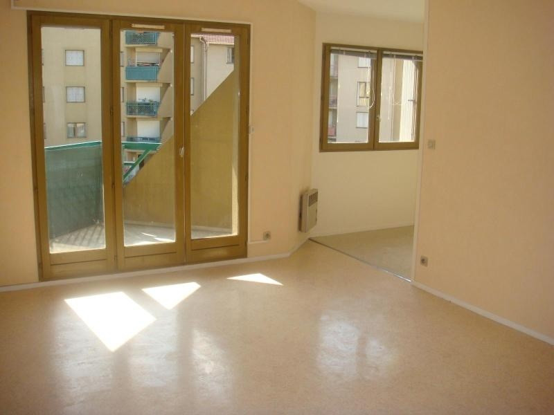 Location appartement Grenoble 585€ CC - Photo 1
