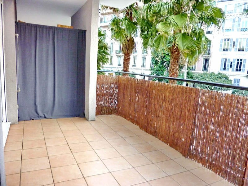 Vente appartement Nice 215 000€ - Photo 2