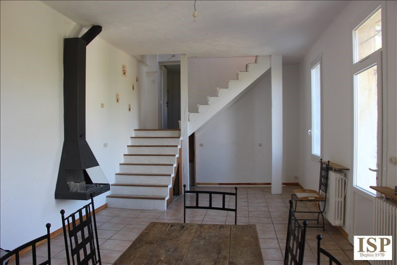 Rental house / villa Marseille 15 1 111€ CC - Picture 2