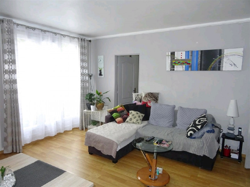 Sale apartment Taverny 159 000€ - Picture 2