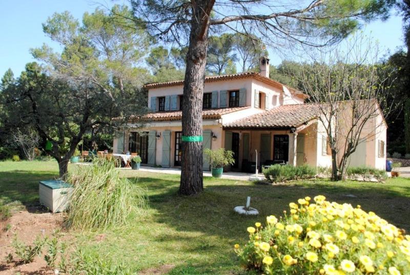Deluxe sale house / villa Montauroux 849000€ - Picture 1