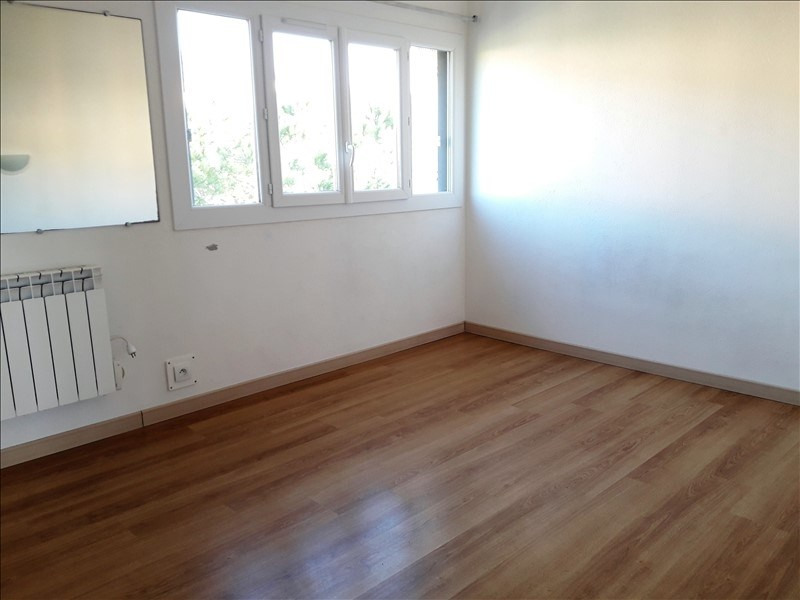 Sale apartment Le lavandou 195 000€ - Picture 3