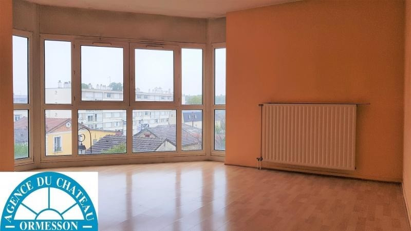 Sale apartment Le plessis trevise 179 900€ - Picture 1