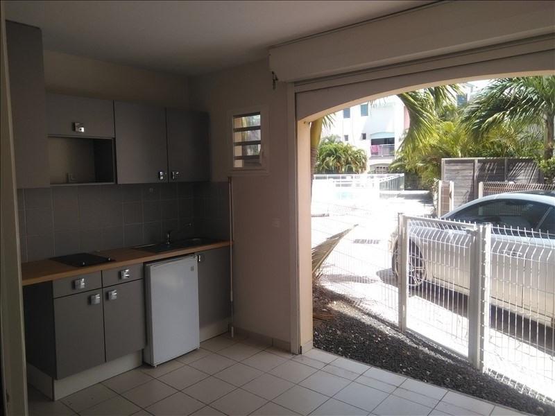 Rental apartment St francois 600€ CC - Picture 1