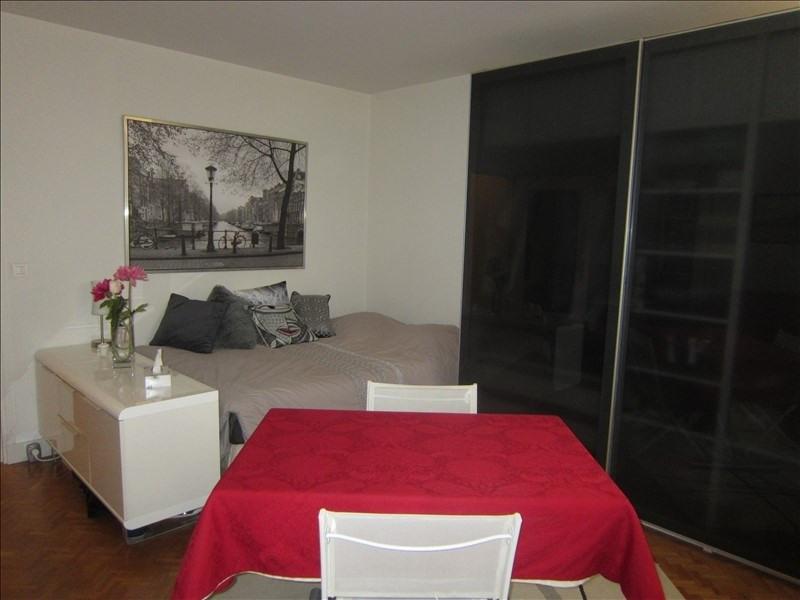 Sale apartment Maisons-laffitte 210000€ - Picture 2