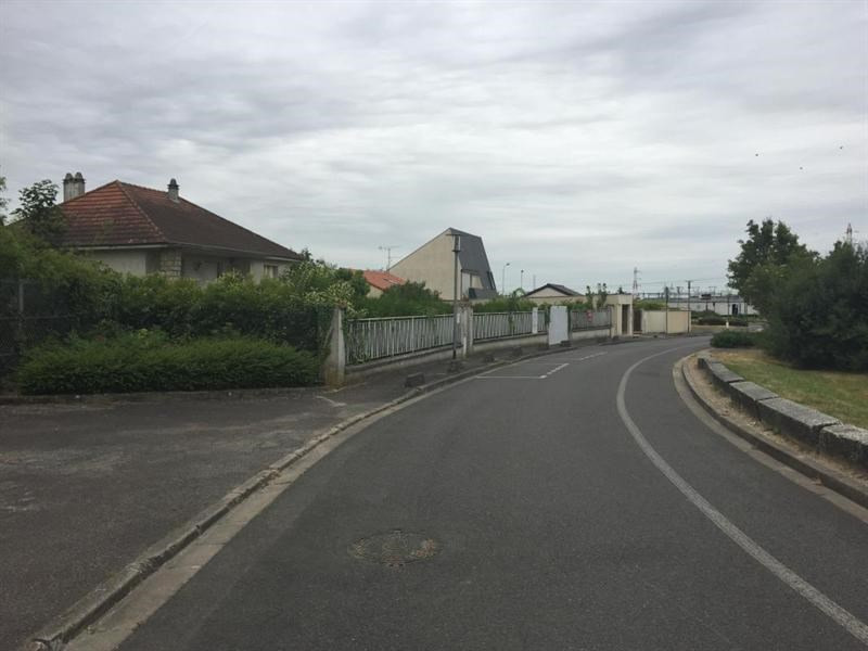 Terrain  de 387 m² Villejust par MAISONS PIERRE