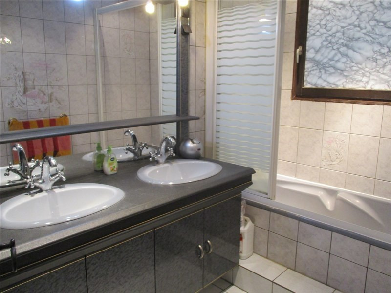 Sale house / villa Coubron 293000€ - Picture 4