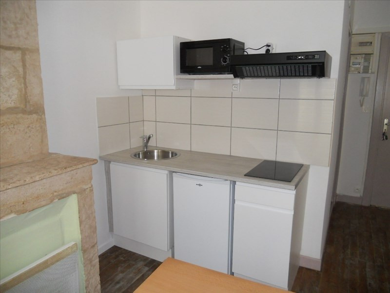 Location appartement Niort 312€ CC - Photo 2