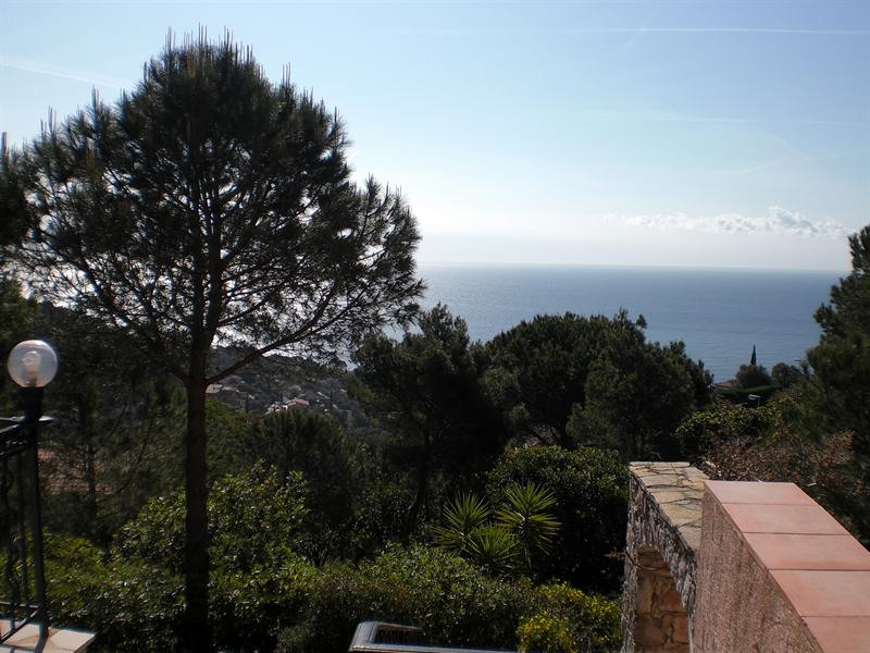 Vacation rental house / villa Les issambres 1710€ - Picture 4