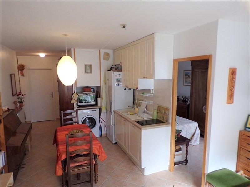 Investment property apartment Montigny le bretonneux 179000€ - Picture 2