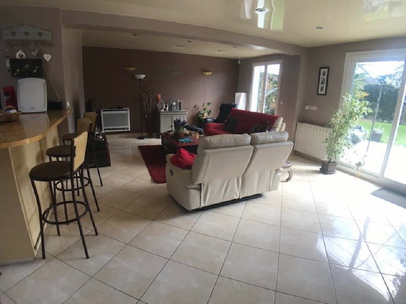 Vente maison / villa Lesigny 415 000€ - Photo 3