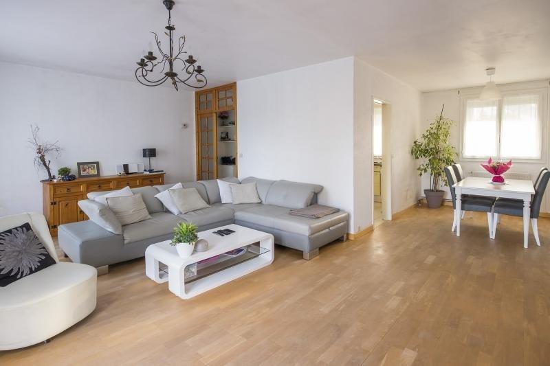 Sale house / villa Plaisir 469165€ - Picture 2