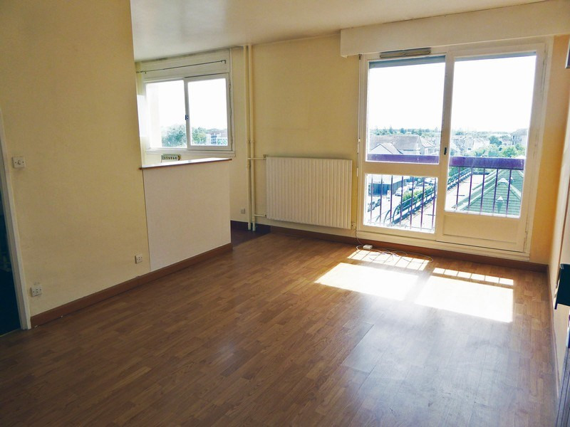 Sale apartment Maurepas 92000€ - Picture 2