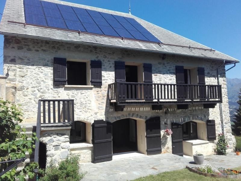 Sale house / villa Laye 349800€ - Picture 1