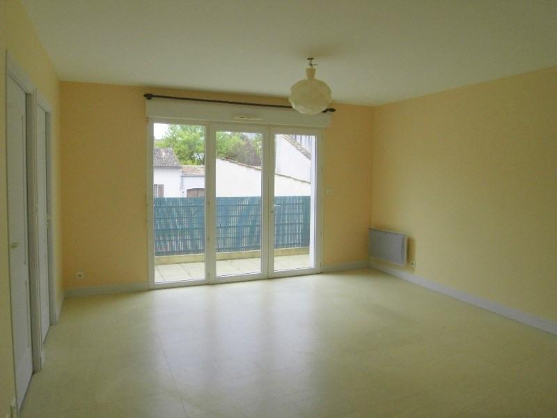 Rental apartment Cognac 595€ CC - Picture 3