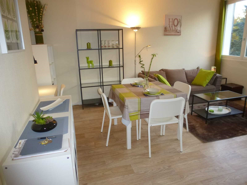Location appartement Fontainebleau 990€ CC - Photo 4