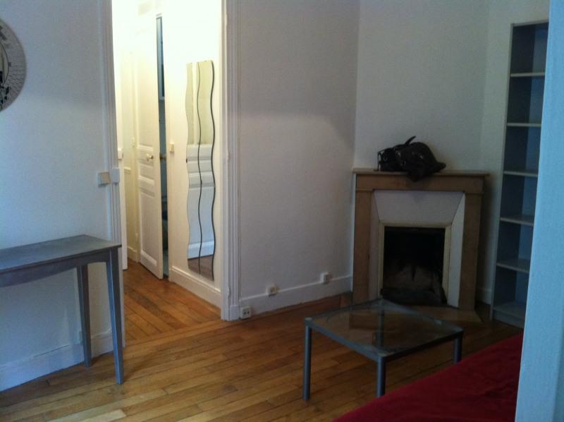Location appartement Paris 15ème 975€ CC - Photo 3