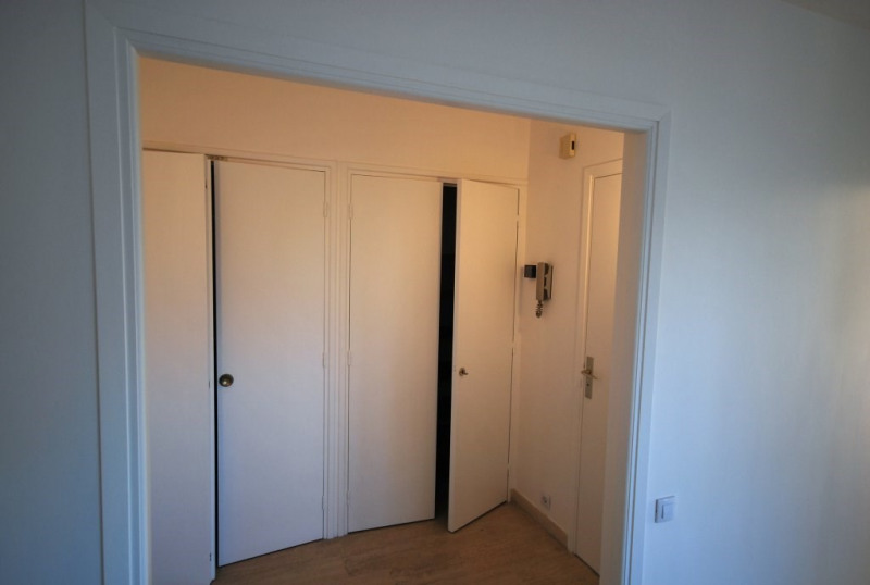 Sale apartment Antibes 215 000€ - Picture 6