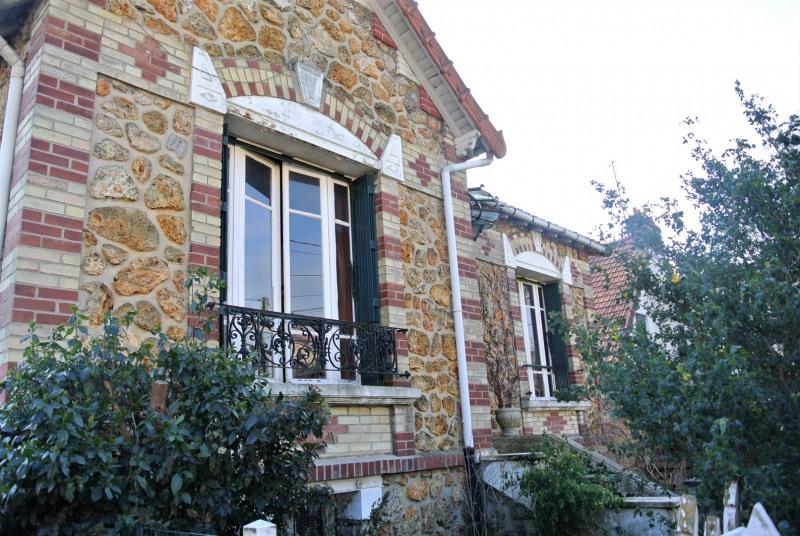 Sale house / villa Franconville 299000€ - Picture 1