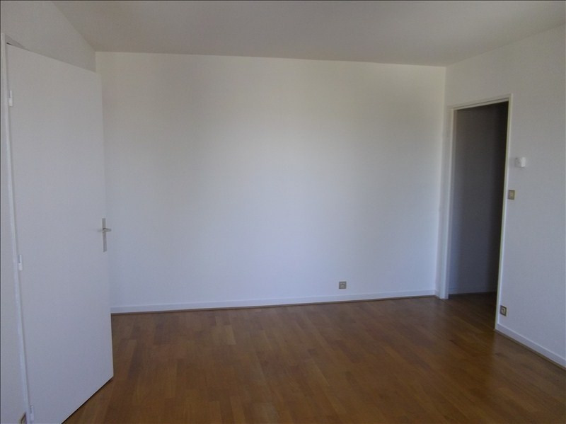 Location appartement Vendome 485€ CC - Photo 3