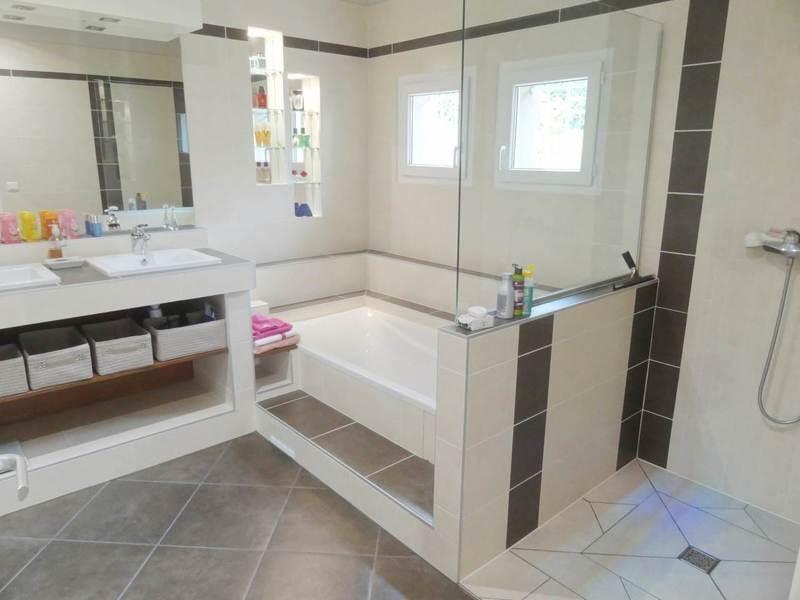 Deluxe sale house / villa Contamine-sur-arve 690000€ - Picture 4