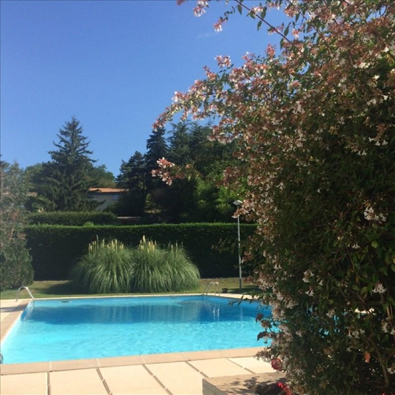Sale apartment Charbonnieres les bains 449000€ - Picture 4