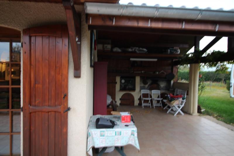 Vente maison / villa Morestel 246000€ - Photo 8
