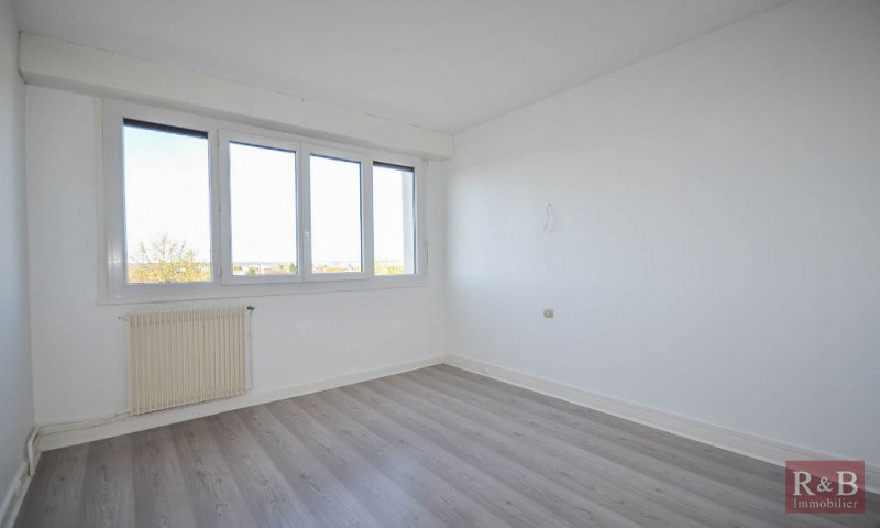 Sale apartment Les clayes sous bois 189000€ - Picture 5
