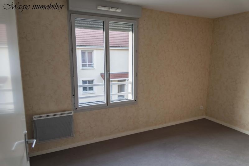 Rental house / villa Belley 614€ CC - Picture 4