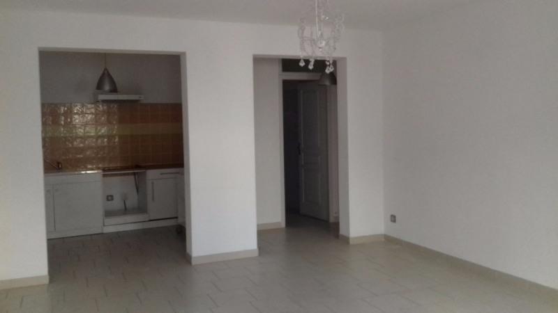 Location appartement Bram 390€ CC - Photo 3