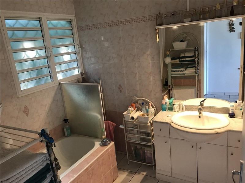 Sale house / villa La riviere 240000€ - Picture 7
