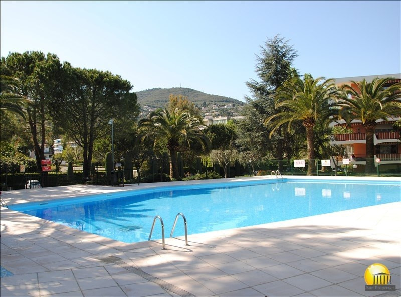 Sale apartment Mandelieu la napoule 120 000€ - Picture 1