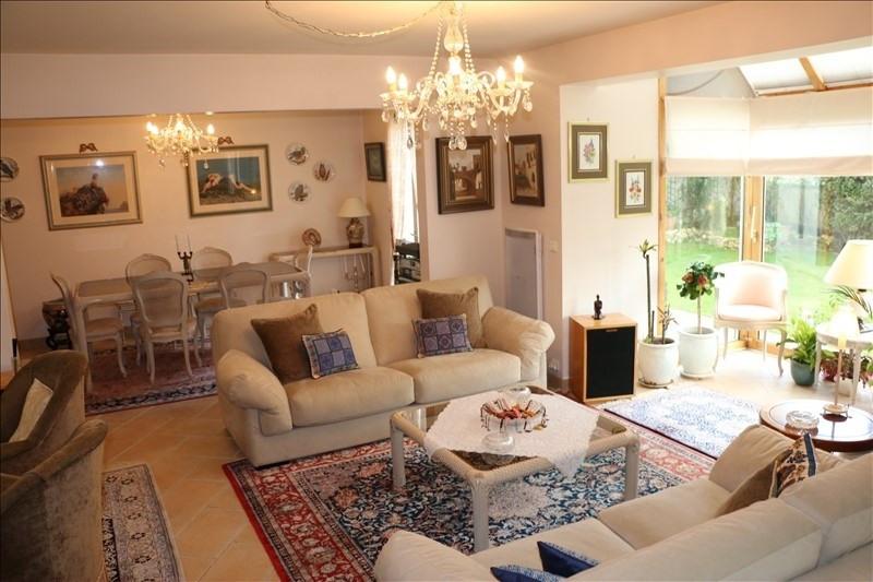 Sale house / villa St nom la breteche 840000€ - Picture 4