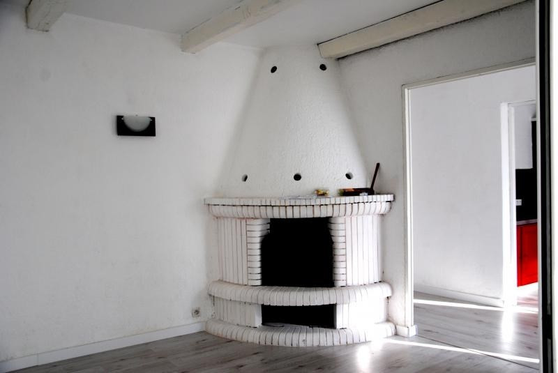 Sale house / villa Trets 273500€ - Picture 2
