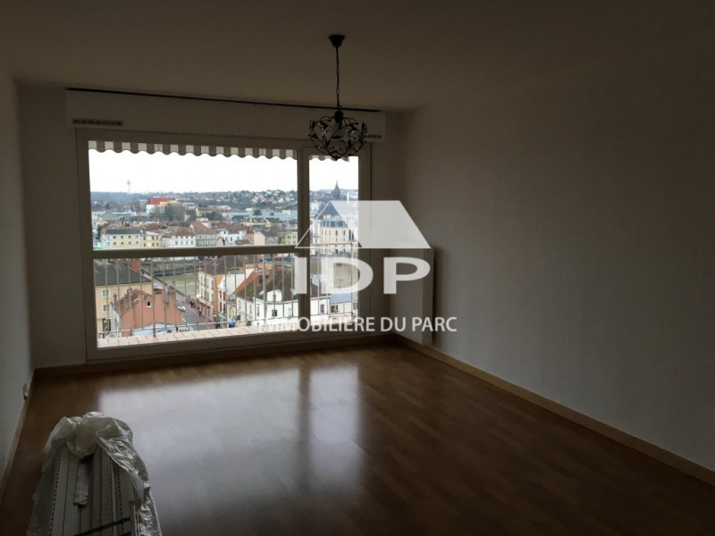 Rental apartment Corbeil-essonnes 925€ CC - Picture 1